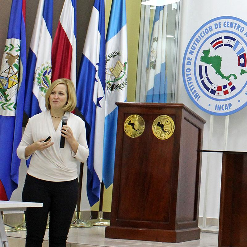 Laura Rozek presents research at the Institute of Nutrition in Central America and Panama.