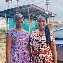 Janae Best (r), MPH '20, im Kumasi, Ghana, with Dr. Ashura Bakari, head of pediatrics at Ghana Health Service/Suntreso Government Hospital