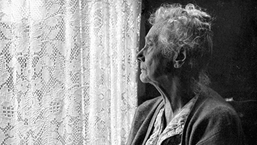 Social Isolation Puts Elderly at Health Risk