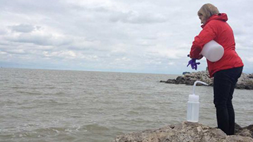 Flying Slime: Harmful Algal Blooms Can Become Airborne